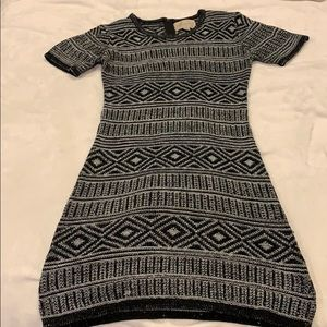 ‼️4 for $15‼️ Cozy form flattering dress